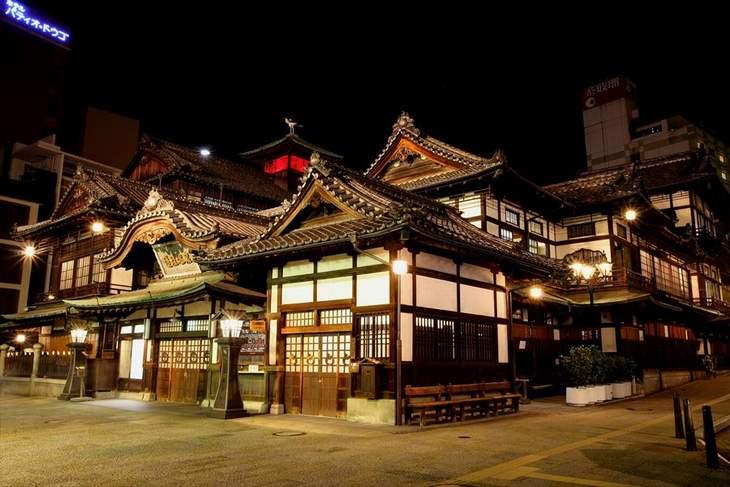 愛媛県の道後温泉